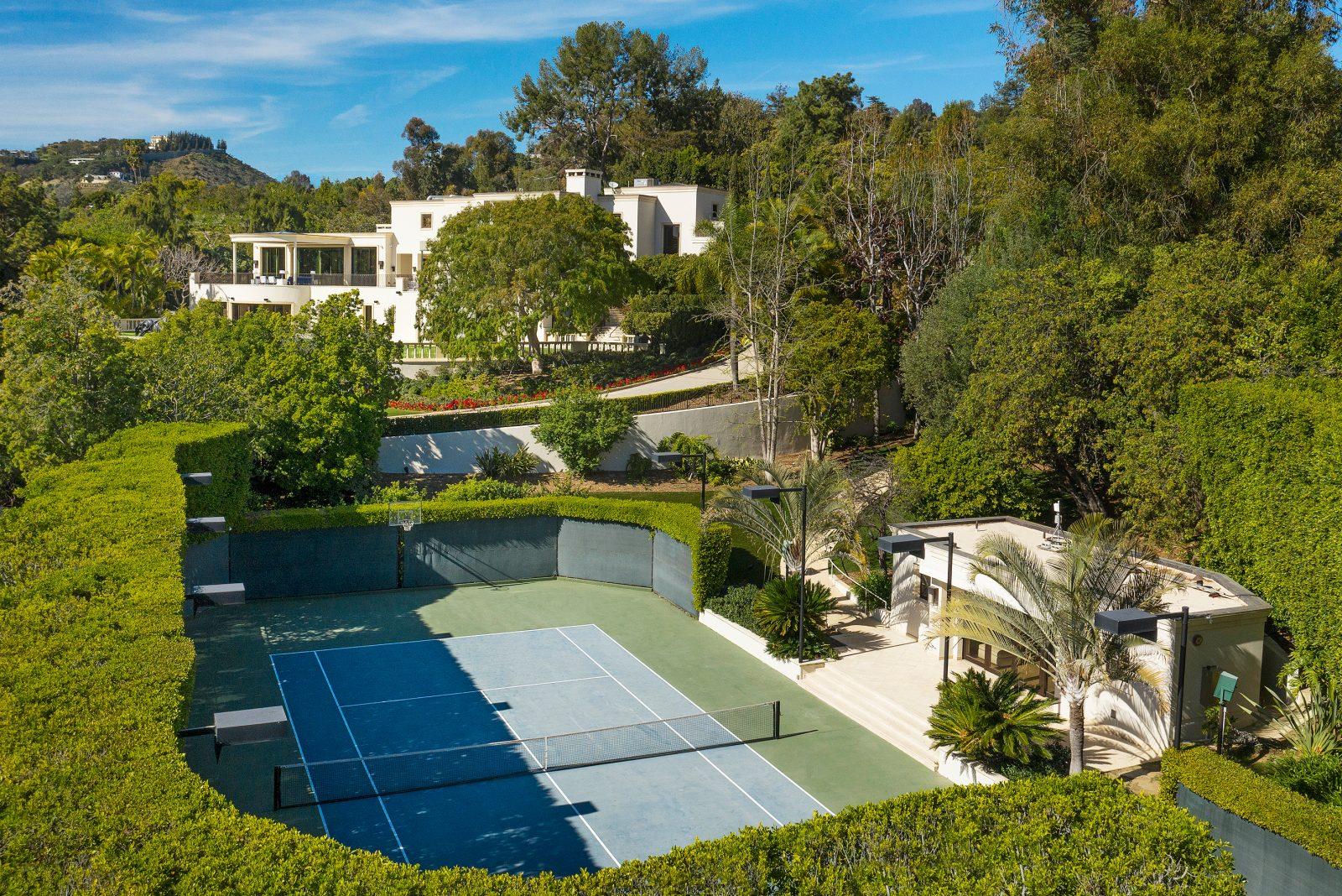 steve wynn beverly hills estate tennis court