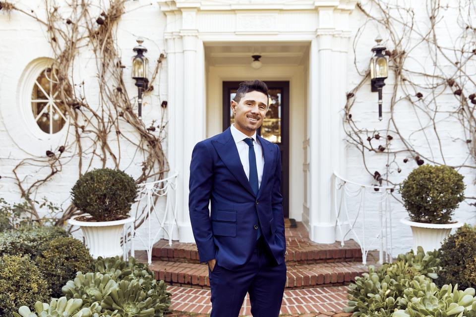 bjorn farrugia luxury real estate agent