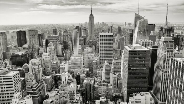 manhattan nyc skyline black and white